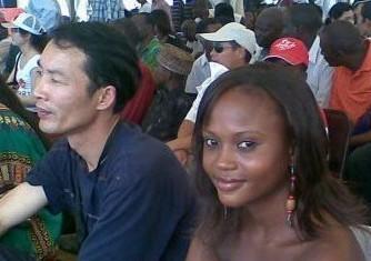 非洲成人影视_实拍中国人的非洲老婆