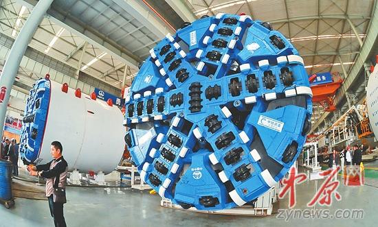 中铁工程装备集团生产的盾构机图片