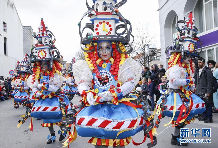 (国际)(1)阿尔斯特狂欢节盛大游行