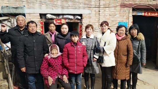 元宵节前夕送温暖 太康鸿昇双语小学走访慰问贫困学生家庭