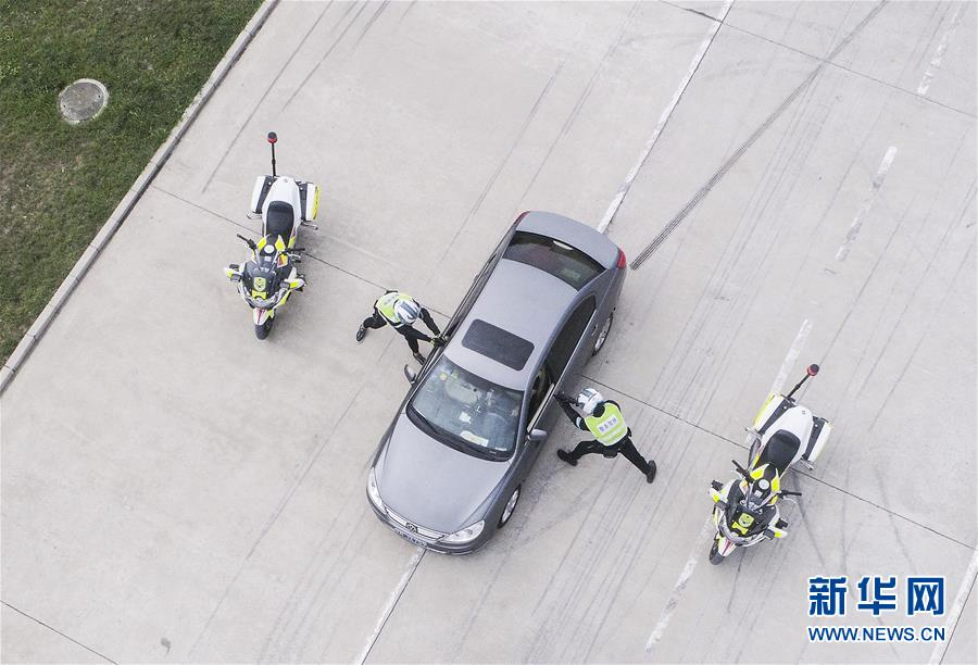 (社会)(6)中国人民公安大学设立摩托车警务驾驶课程