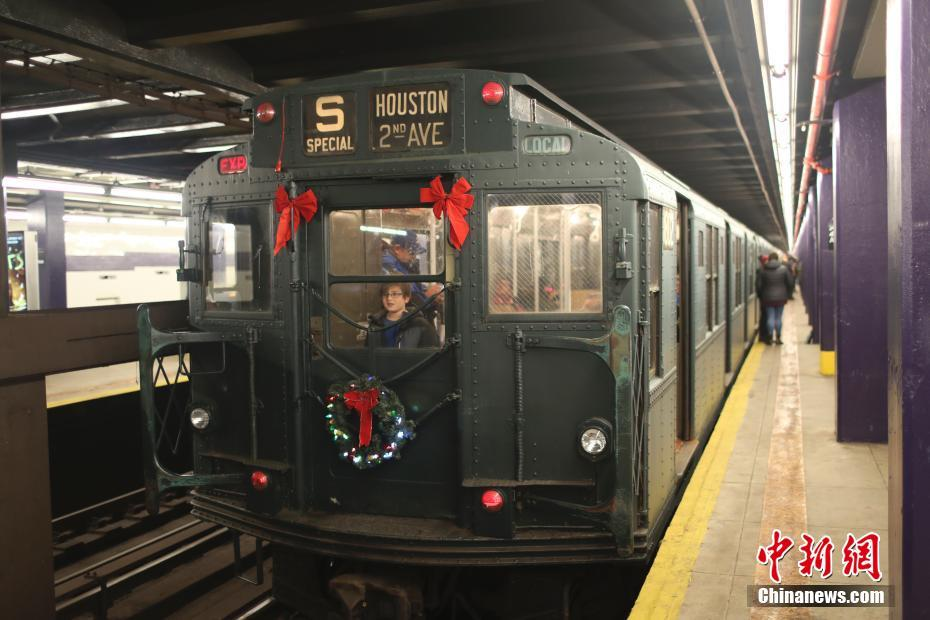 纽约开行复古地铁列车受怀旧人士追捧