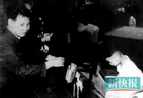 广州小英雄离世 57年前拾交一颗威力巨大炸弹/图
